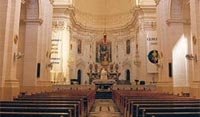 church_inside2